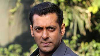 Salman Khan to play villain in \'Dhoom 4\'?