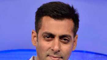 Salman Khan to woo ten heroines in \'No Entry Mein Entry\'