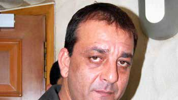 Sanjay Dutt to re-appear as Munnabhai today