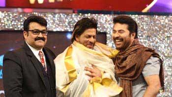 Shah Rukh Khan honoured with \'International Icon Of Indian Cinema\' Award