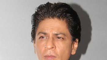 Shah Rukh Khan injured on sets of \'Happy New Year\', rushed to hospital