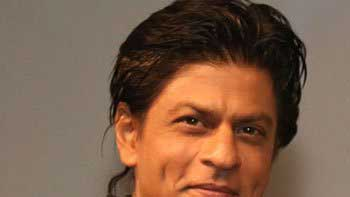 Shah Rukh Khan resumes work for \'Happy New Year\'