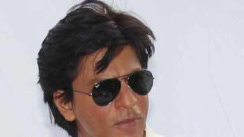 Shah Rukh Khan to invite media on his Birthday!