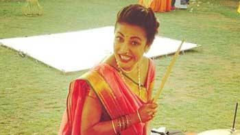 Shruti Haasan's Maharashtrian look for 'Gabbar'