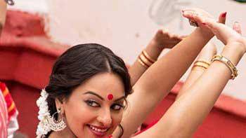 Sonakshi Sinha to perform Bengali 'Jhumur' in 'Bullett Raja'
