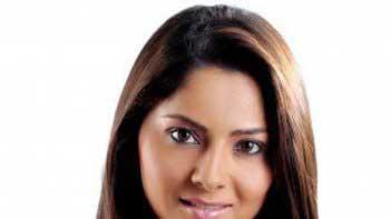 Sonalee Kulkarni enters Bollywood with \'Grand Masti\'