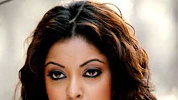 Tanushree Dutta plans to make a comeback in Bollywood