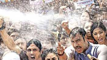 The trailer of \'Satyagraha\' to be launched globally