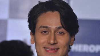 Tiger Shroff jumps off from 20-storey building in 'Heropanti'