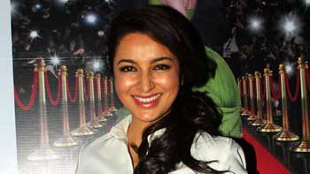 Tisca Chopra launches her book 'Acting Smart'