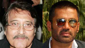 Vinod Khanna and Suniel Shetty to feature together