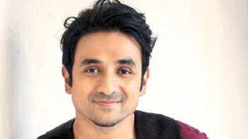 Vir Das to star in \'Saxxx ki Dukaan.com\'