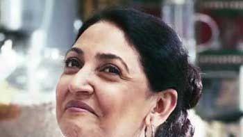 Deepti Naval portrays Kashmiri Muslim in '19th January'