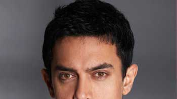 Aamir Khan to direct 'Barf'