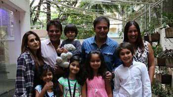 Abis Rizvi organizes special screening of \'Roar\' for star-kids