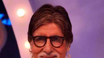 Amitabh Bachchan touches the benchmark of 12 million followership on Twitter