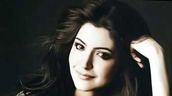 Anushka Sharma performs her first item number in \'Dil Dhadakne Do\'