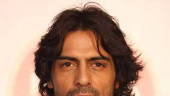 Arjun Rampal gets conned by Indian couple in Penang