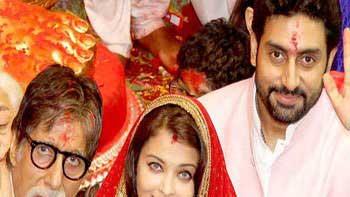 Bachchans pay their visit to Lalbaghcha Raja Ganpati
