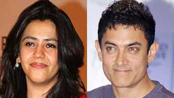 Bollywood lines up for Diwali Taash Party!