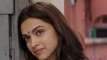 Deepika Turns Creative For 'PIKU'