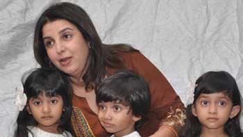Farah Khan renames herself as 'Judo Mom'