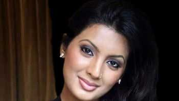 Geeta Basra to feature in road-thriller 'Lock'