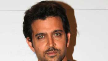 Hrithik Assisted The Action Director on Sets of 'Mohenjo Daro'