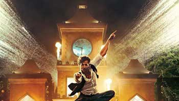 Hrithik Roshan steals the hearts with flying dance moves in \'Bang Bang!\'s first song!