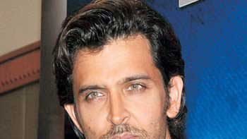 Hrithik Roshan Wants To Play Safe!