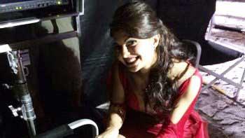 Jacqueline Fernandez celebrates her birthday on the sets of \'Bangistan\'