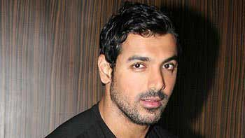 John Abraham loses 17 kilos for 'Welcome Back'