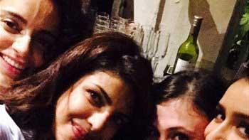 Kangana-Priyanka Enjoy Their Perfect 'Girls Night Out'!