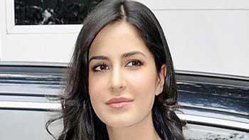 Katrina Kaif Crashes a Car While Shooting for 'Fitoor'