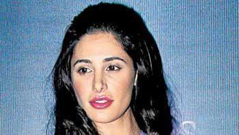 Nargis Fakhri to raise fund for J&K flood victims