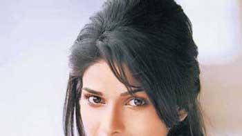 Prachi Desai to play Azaruddin's first wife Naureen