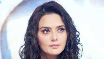 Preity Zinta blows a guy out of cinema hall