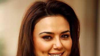 Preity Zinta to return to silver screen with \'Bhaiyyaji Superhit\'