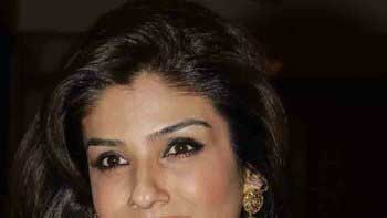 Raveena Tandon to play the elite socialite in \'Shab\'