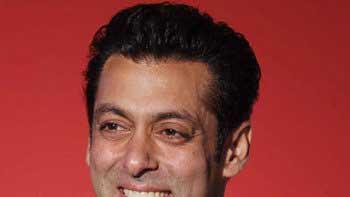 Salman Khan gifts eye-sight to 300 visually challenged in Sri Lanka