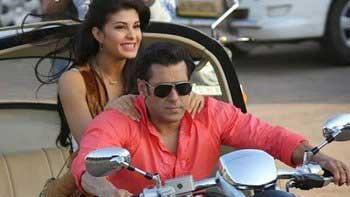 Salman Khan\'s dhamakedaar entry in \'Kick\'!