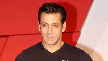Salman Khan to unveil trailer of 'Kick' at a single screen theater