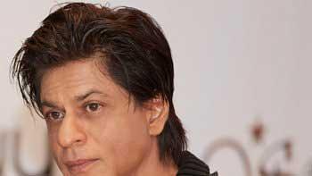 Shah Rukh Khan Starrer 'Fan' Release Date Postponed!