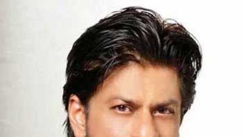 Shah Rukh Khan works non-stop 15 hours for 'Fan'