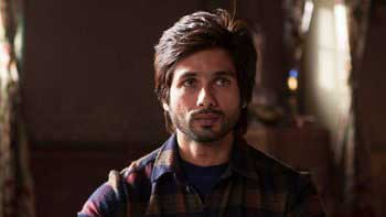 Shahid Kapoor\'s journey from student to killer in \'Haider\'