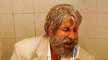 "'Shamitabh' Exclusive: Amitabh Bachchan composes ""Piddly"" song on toilet seat!"