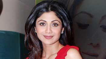 Shilpa Shetty pledges eyes donation