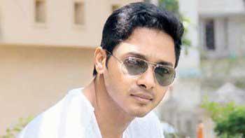 Shreyas Talpade to don director's hat for 'Poshter Boyz 2'