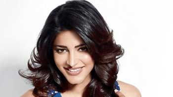 Shruti Haasan records her song for 'Gabbar Is Back' in One Hour Flat!
