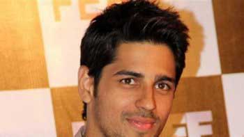 Siddharth Misses his Family Vacation!